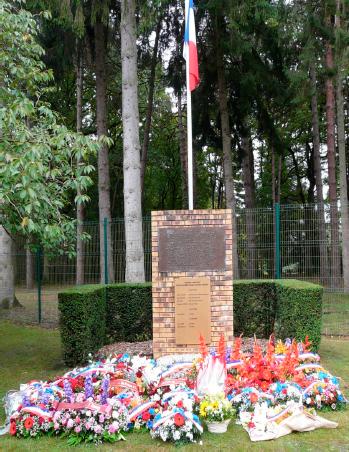 Cérémonie commémorative du camp d'internement d'Aincourt